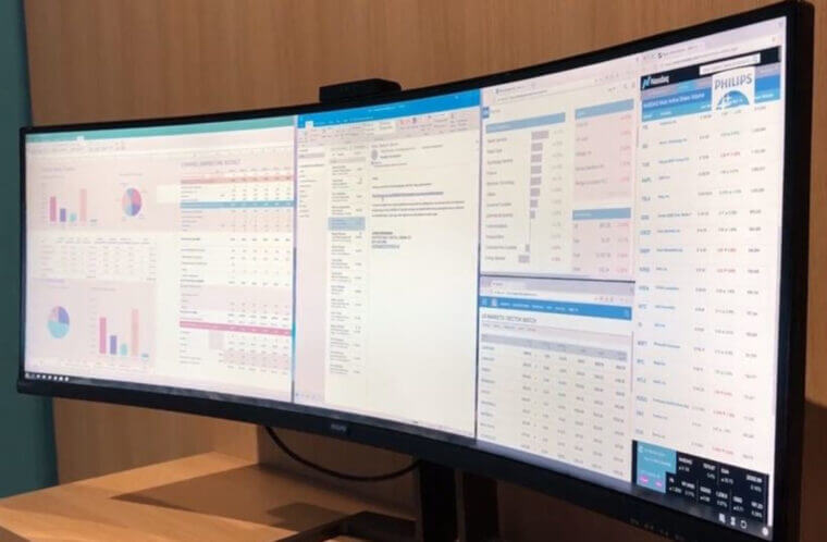 Philips 499P9H 49-inch SuperWide Curved Monitor CAD